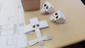 Papier-Schädel zum Selberbasteln