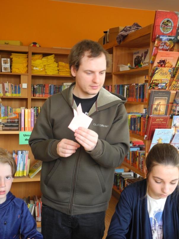 Gesucht Henri Bücherdieb